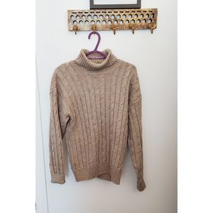 Vintage | Beige cable knit turtleneck sweater